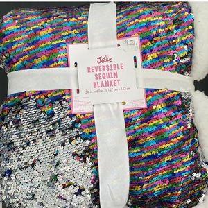 NWT Justice Flip Sequin Blanket - Reversible